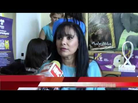 Con dotación de pelucas hacen feliz a pacientes con cáncer en Tepic