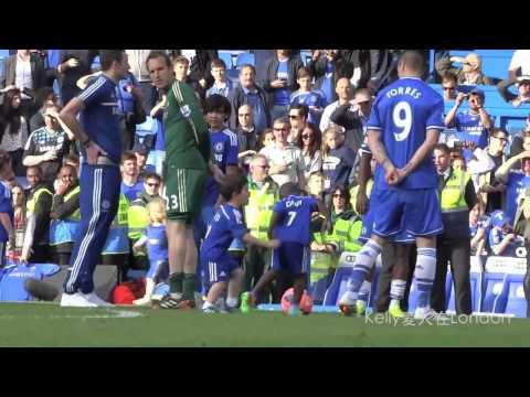 Fernando Torres Family 2013-14