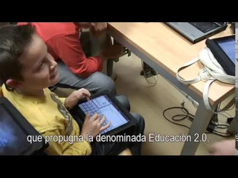 Dedos: Tabletas digitales en el aula.
