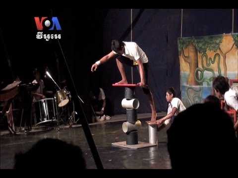 Group Uses Art, Acrobatics To Help the Underprivileged