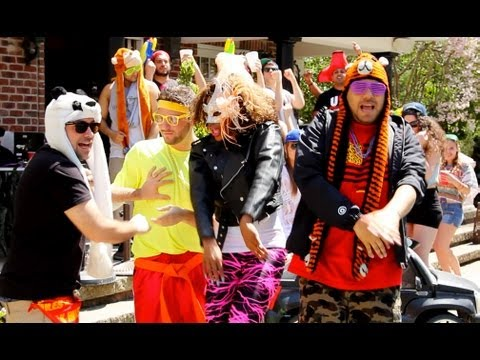 RATCHET, TURNUP, MOLLY (OFFICIAL VIDEO) - TURNUP TWINZ FT. TINA TURNUP