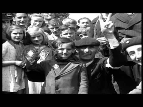 Heads Of French Women Collaborators Are Shaved In France. Hd Stock Footage video