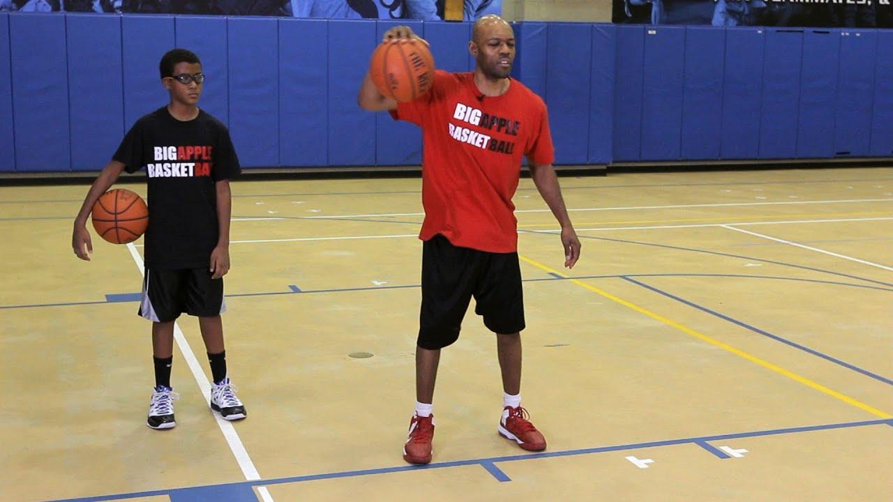 5 Ways to Perform Basketball Tricks - wikiHow