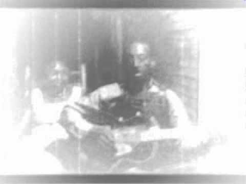 Mississippi Fred McDowell-You Got To Move