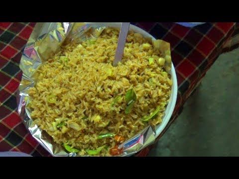 మిగిలిన అన్నంతో ఫ్రెడ్రైస్ ఇలా తయారుచేయండి | Quick and Easy Fried Rice | Telugu | Street Food