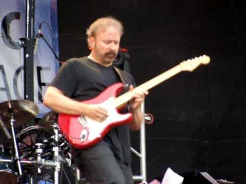 Daryl Stuermer Duke Suite Summerfest 2009