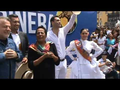 FLASHMOB MARINERA PLAZA MAYOR DE LIMA (VIDEO OFICIAL)