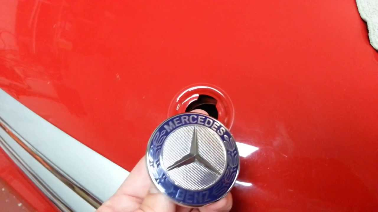 mercedes hood emblem replacement fast and easy youtube. Black Bedroom Furniture Sets. Home Design Ideas