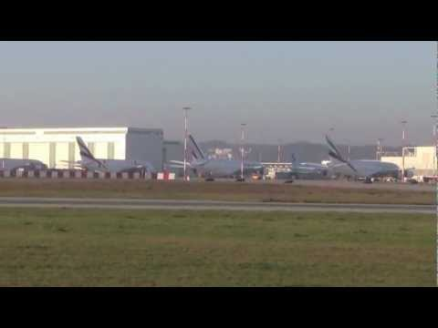 6 A380´s parking (Air France, China Southern, Korean, Qantas, Emirates) in Hamburg