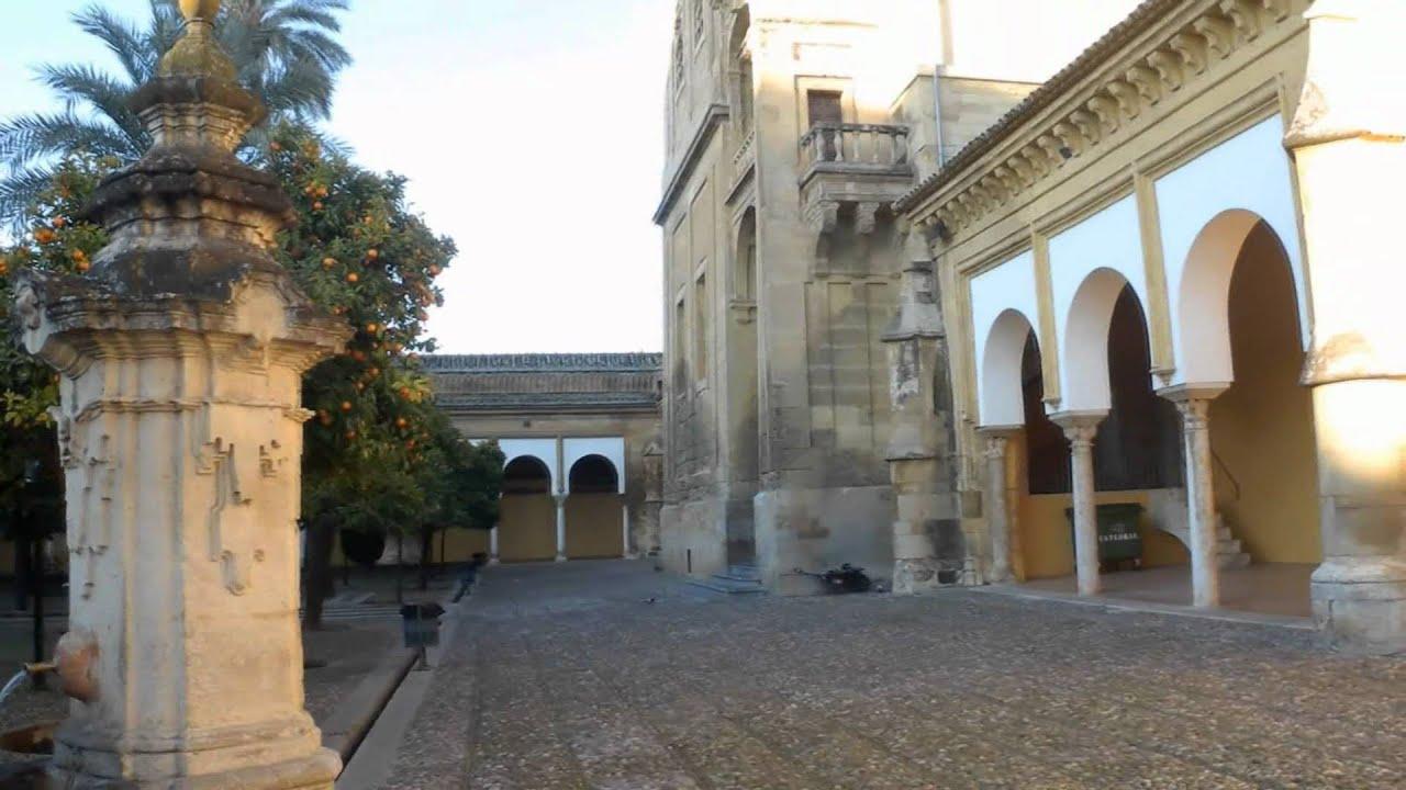 Mezquita de c rdoba patio de los naranjos e interior en for Interior mezquita de cordoba
