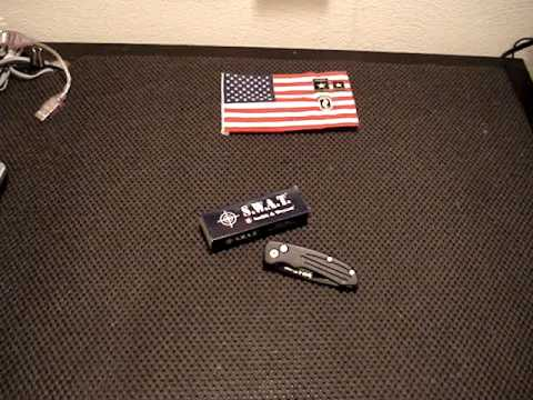 MOV01983  / Smith & Wesson Extreme Ops Automatic Knife SW40BT Lil-Bro to the SW-50 Series.  (REVIEW)