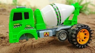 Assembling concrete mixer with helicopter, police car - Toys for kids G576A Bé Cá