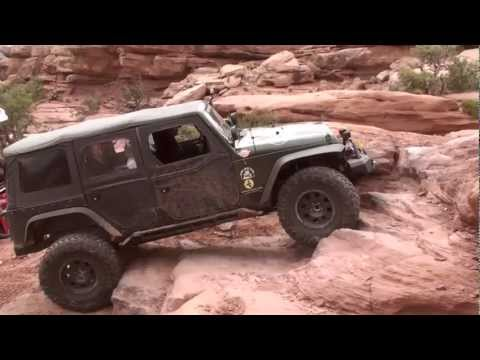 Axial visits 2012 Easter Jeep Safari - highlight reel