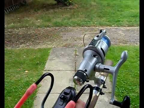 My Homebrew Longwire Antenna launcher in action - M0VST