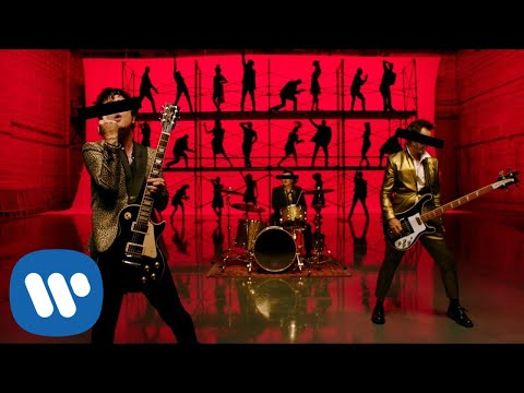 Download Green Day - Father Of All…    Mp4 baru