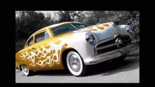 Mobil Klasik   Biarpun Teknologinya Jadul, Tapi Keindahan Bentuk Mobilnya Tidak Terkikis Oleh Jaman