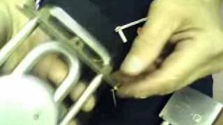 American padlock series 700 disaassembly & reassembly.avi