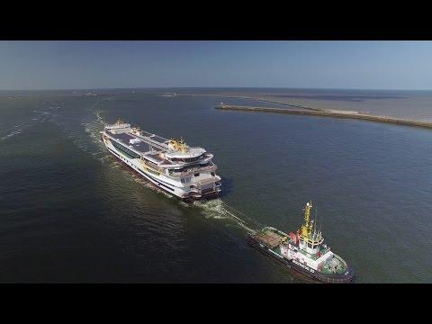 Texelstroom by Drone aankomst IJmuiden TESO Veerboot