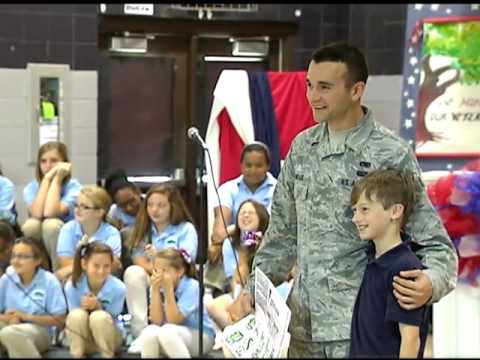 Little Oak Middle School presents Veterans Day Program