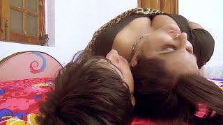 Young Devar Aakash Cannot Stop Himself - Hot Kavita Bhabhi Romantic Scene