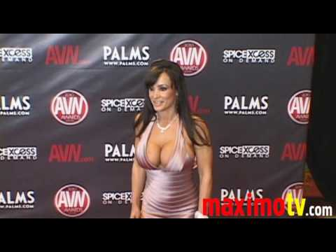 Lisa Ann Arriving At 2010 Avn Awards Show Las Vegas video