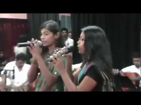 APLAM CHAPLAM CHAPLAI RE  - GEETH MADHURI MUSICAL SHOW 2013