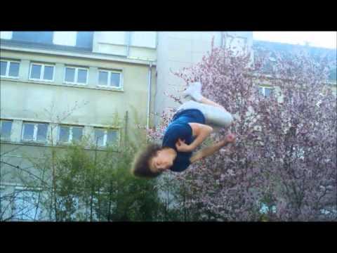 Trampoline salto avant arrière vrillé [freestyle]