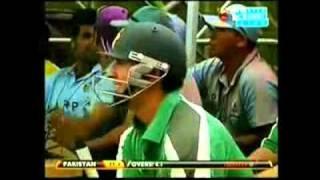 New Highlights Hong Kong super sixes 2011, pakistan vs india (Pak batting) [Amazing batting.