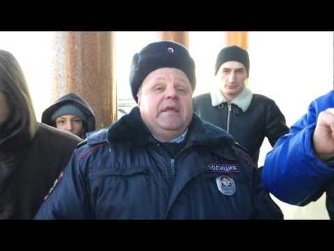 Опрос полицейских после акции «Слава Богу не РПЦ»