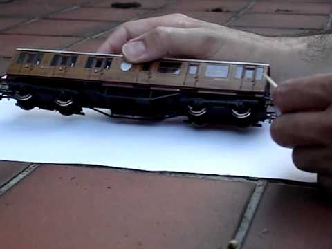 Hornby Thompson CL Suburban Coach Review