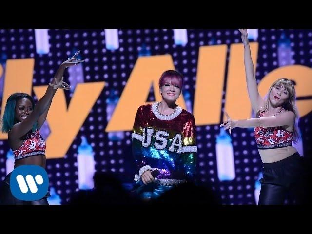 Lily Allen - Miley Cyrus Bangerz Tour (Behind The Scenes)