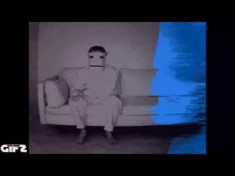GIFS with sound Halloween Edition      THE SCARIEST VIDEO YOU WILL EVER WATCH ....maybe