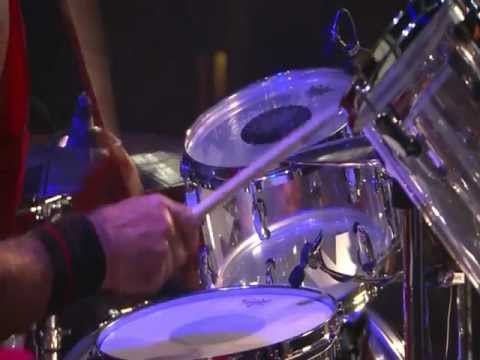 Red Hot Chili Peppers - Chad Smith Drum Solo - Live in Köln 2011 [HD]