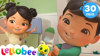 Getting Dressed Song | Nursery Rhymes and Kids Songs | Baby Songs | Little Baby Bum