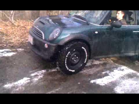Jacked Up MINI cooper s trail run - YouTube