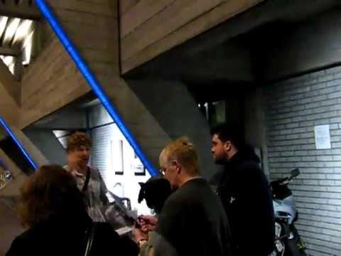Benedict Cumberbatch at Stagedoor after Frankenstein with a sore throat - poor Darling!