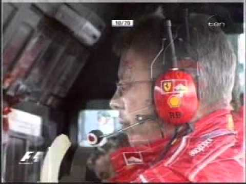 Ross Brawn eats his customary banana - Hungaroring 2004