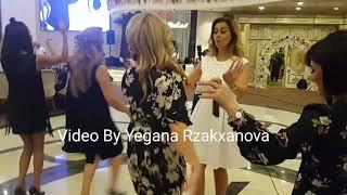 Roza Zərgərli toyda Elə Oynadı Ki Təzə Video