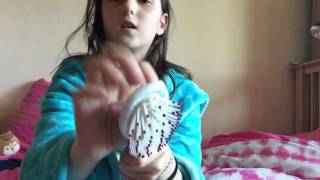 First asmr, tapping scratching