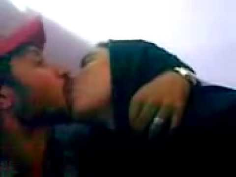 ANP  boy kiss MQM Girl IN KARACHI
