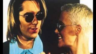 Watch Roxette Here Comes The Weekend video