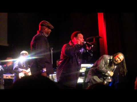 Earth Wind&Fire ft. Al McKay - That's the way of the world - live in Zurich at Kaufleuten 1.12.10