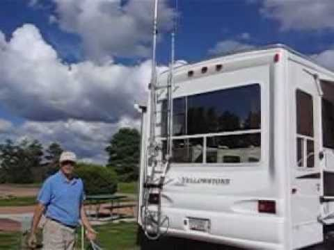 RV Ladder Antenna Mount