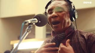 Inna de Yard & Ken Boothe - Speak Softly Love   Live Plus Près De Toi