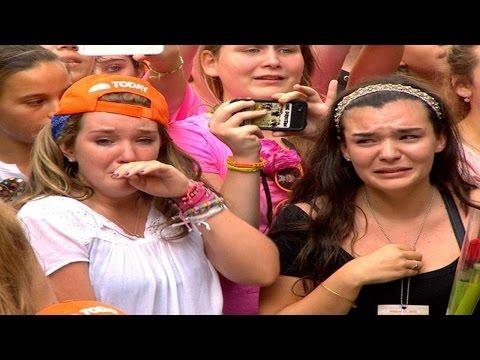 FAMOSOS SORPRENDEN A SUS FANS 15 - CELEBRITIES SURPRISE FANS 15