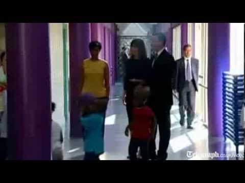 British Prime Minister David Cameron and his wife Samantha visit National Childrens Center - 09/05/2013