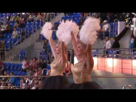 Выступление Sochi Queens: танец ко Дню учителя