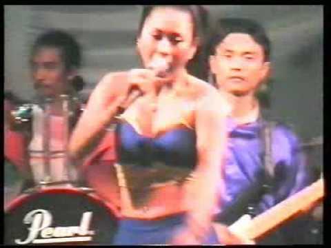 Mbah Dukun - Inul Daratista - OM Palapa 2002