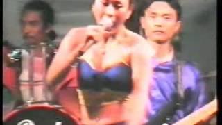 download lagu Liku-liku - Lusiana Safara - OM Palapa 2002 gratis