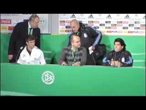 Diego Maradona erkennt den Nationalspieler Thomas Müller nicht